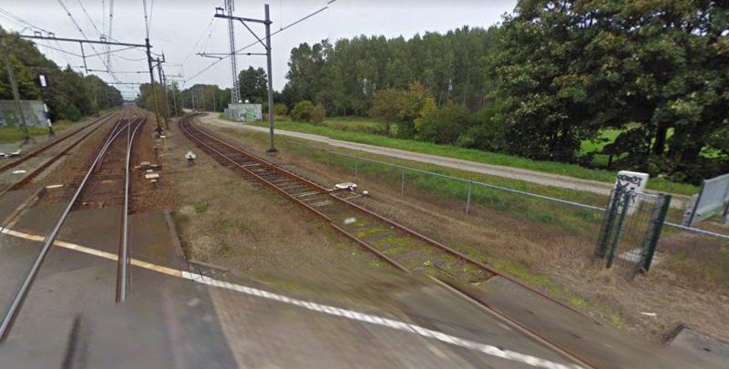 Wij ontvingen van de Omgevingsdient Groningen deze brief namens het college van B & W van de Gemeente Haren over de gevaarlijke situatie bij het spoorwegovergang aan de Hoge Hereweg. In de brief wordt de lengtebeperking toegelicht van het vrachtverkeer naar het spooremplacement.  Bekijk de brief hier (PDF).